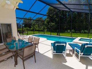 Davenport Villa, close to Disney with South facing pool and no rear neigbours
