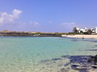 Frontline beach apartment in the stunning Cotillo lagoons, north Fuerteventura