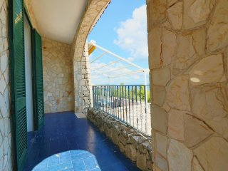 Holiday house in villa with pool overlooking the sea in Santa Maria di Leuca are