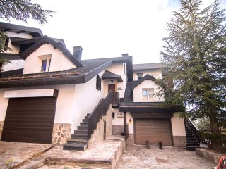 Chalet Luxury MADROÑO ASN  6 Pax.