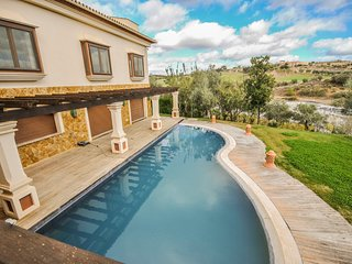 Magnificent Luxury Villa with beautiful views over the Golf course