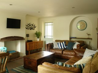 Mousetrap Holiday Cottage, Sleeps 6, Wells next the Sea