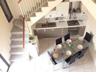 Royal Bay Apartment - Villa a Cefalu con accesso privato al mare