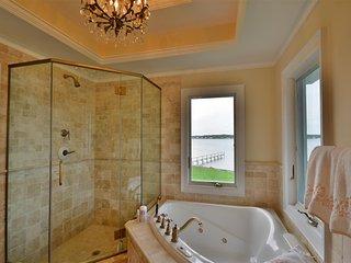 Southampton Waterfront Villa