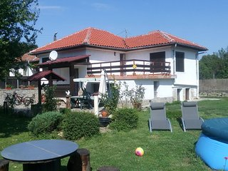 Three bedroom house with garden only 10 km from Veliko Tarnovo