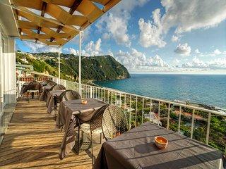Bem-estar e tempo de relaxamento em Ischia, estamos esperando por você