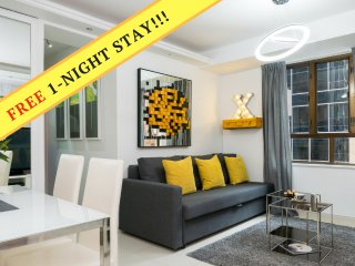 1 NIGHT FREE PROMO*TST*PERFECT LOCATION*NEW*MODERN*MTR*QUIET*LUXURY*3bed2bath