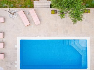 Vacation house Šumica with heated swimming pool!