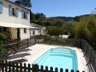 Villa avec piscine - 15 km de Hyeres & Toulon