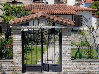 Lena's Garden House, Meteora, Kalampaka, Greece