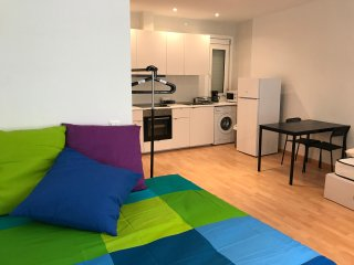 APARTMENT PARIS BARCA CAMP NOU - GOOD VALUE PRICE