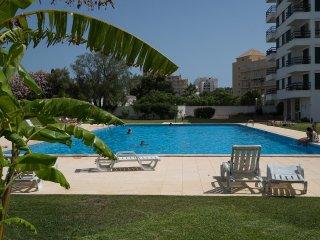 Gladdy White Apartment, Vilamoura, Algarve