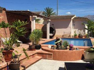 Villa Petit, Habitacion B con baño en suite a 1 km del mar y Bahia Altea - Albir