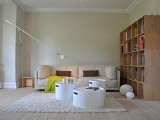 Bright Copenhagen villa apartment near the Damhus lake