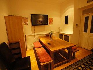 8 Bedrooms Covent Garden Townhouse