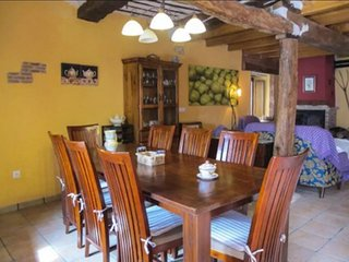 House with 6 rooms in Llano de Bureba, with wonderful mountain view and WiFi