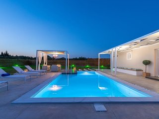 Villa Madini two-bedroom with private pool