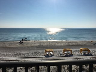 Kima 205 Spacious 2bd/2bath Madeira Beach Gulf Front Condo Endless Views