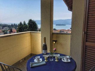 Laura apartment in a panoramic position in Verbania Suna.