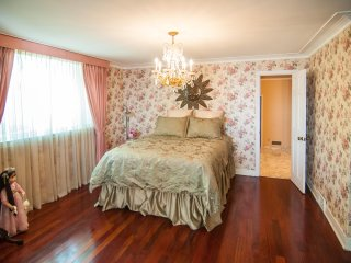 Ontario Lakeview Suite at Lakecrest Estate Bed & Breakfast