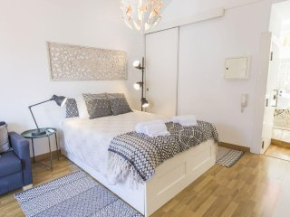 Bright Studio in Carmo, Chiado