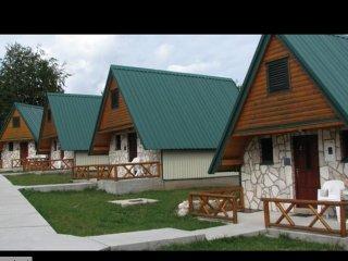 5 bungalows familial a Zabljak