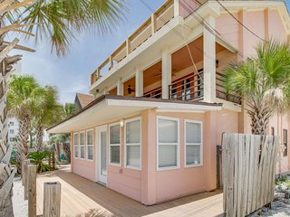 Sea-view getaway with easy beach access close to local attractions
