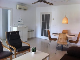 Comfortable apartment 50 meters from the beach