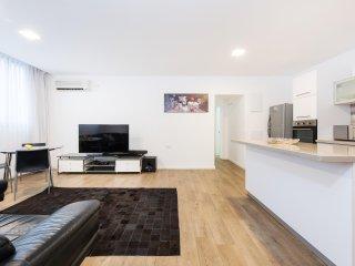 Hayarkon 185 - 2-Bedroom