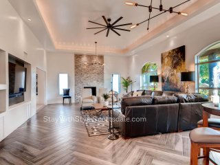 Newly renovated compound w/ bunkhouse in the best part of Scottsdale has it all!