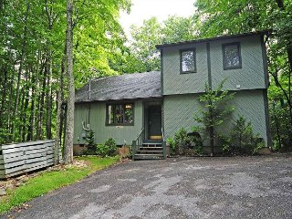 2 Bedroom/2 Bath Wooded View
