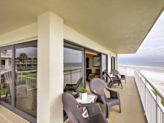 NEW! 3BR New Smyrna Beach w/ Balcony & Beach Views