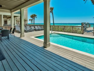 The Tourist Trap - Home with Private Beachfront Pool!  On the Beach! Gorgeous!