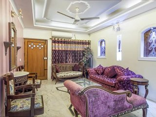 2-BR apartment near Qutab Minar