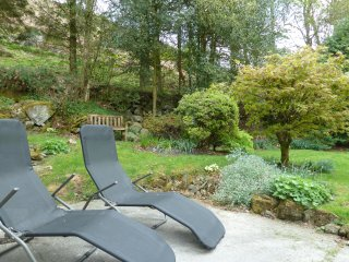 Troed-y-Rhiw Holiday Cottage
