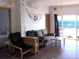 Apartamento 3. A la orilla del mar