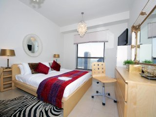 Exclusive 2 BR Flat with Marina view in Jumeirah Beach Residence