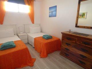 Carihuela Park Palace - 2 Bedroom Beach Apartment