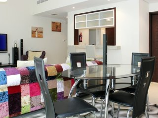 Dubai Holiday Apartment 10570