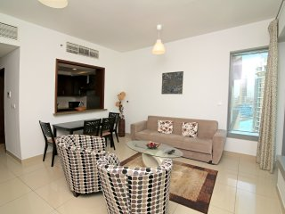 Dubai Holiday Apartment 10572