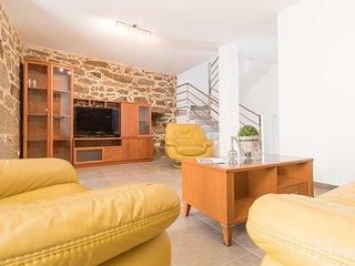 (Antoxo) Casa rehabilitada en Vilariño