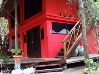 Jungle Beach Tulum House/two bedrooms/2 bathrooms/kitchen/garden area