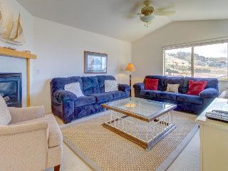Oceanview home just moments from beach - two decks, nautical decor, & more!