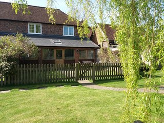 Wheat Cottage , a fabulous, quiet countryside retreat for couples, nr Lewes.