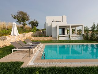 Villa Basilico, brand new with private pool, near the beach, Sofia Luxury Villas