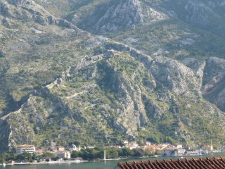 Kotor Muo - 40 m. from the beach with garden grill