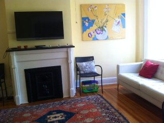 3 Bedroom House - Perfect Oasis For A Family Visiting New York