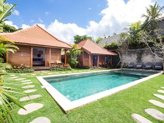 Orora Bungalow B2 in the heart of Canggu. Only 400 meters from the beach.