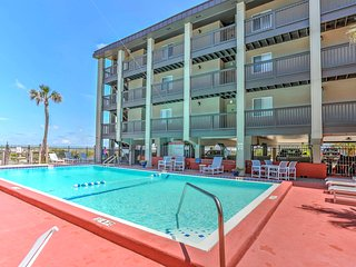 NEW! 2BR Fernandina Beach Condo - Walk to Beach!