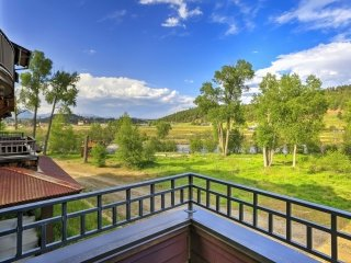 Pagosa Springs Condo w/Mountain Views - Near River